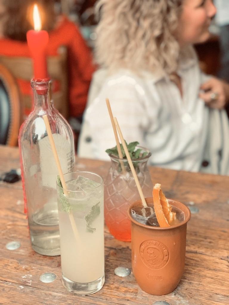 Drinks-in-der-Probierbar